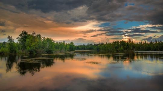 landscape-2494650_1920 stillness
